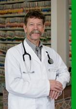 Dr omar cabrera (Bird & Pet Clinic of Roseville) (Roseville, CA)
